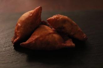 3 sweet samosa up close